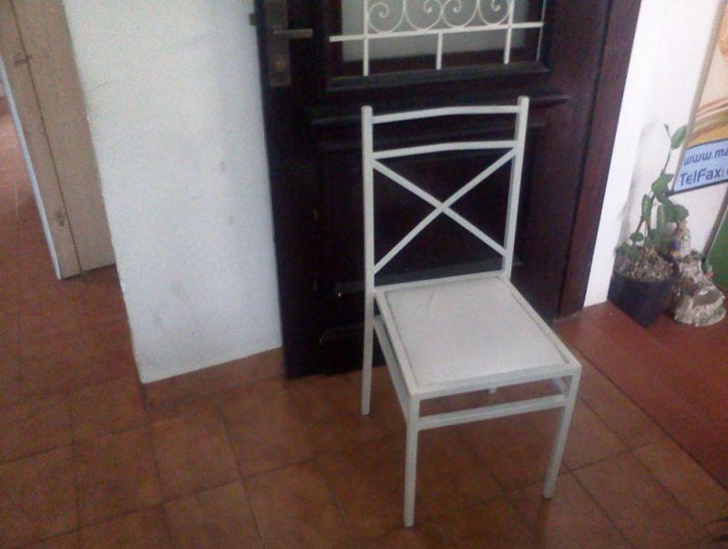 Cadeira de Ferro no Jardim Piracuama - Locação de Mesas para Fetas