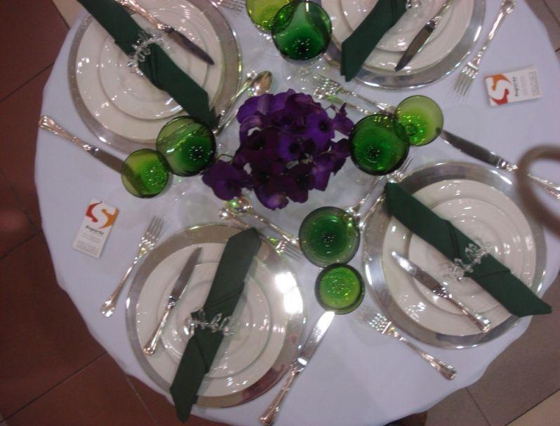Serviços de Locação de Mesa no Jardim Cláudia - Aluguel de Mesas para Festas